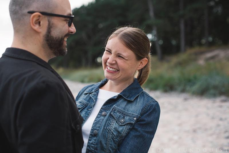 Beloved fotografering vid bröllop i Mossbystrand, Abbekås. Foto: Tove Lundquist, bröllopsfotograf Skåne.