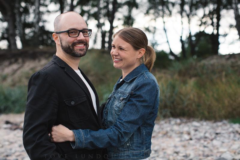 Engagement Session vid bröllop i Mossbystrand, Abbekås. Foto: Tove Lundquist, bröllopsfotograf Skåne.