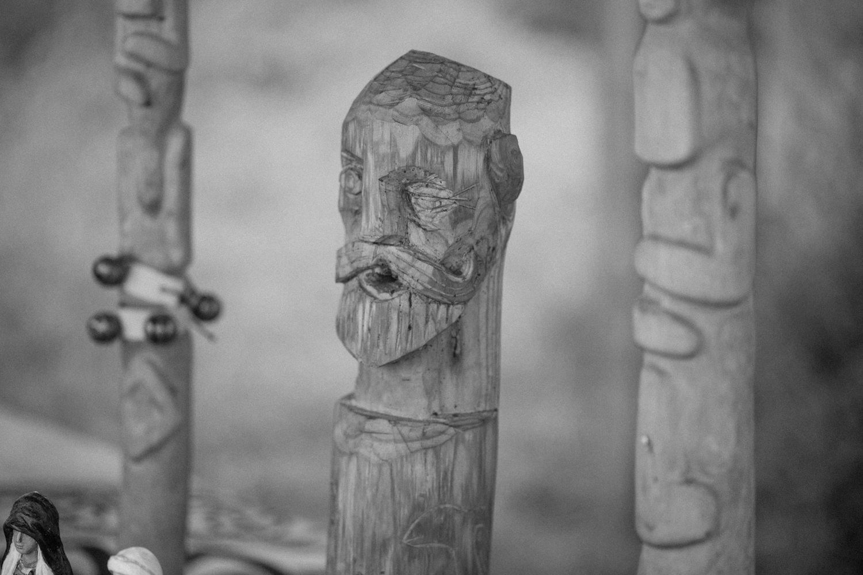 Detaljer under ett vikingabröllop utomhus på VikingaTider, Löddeköpinge - Skåne.