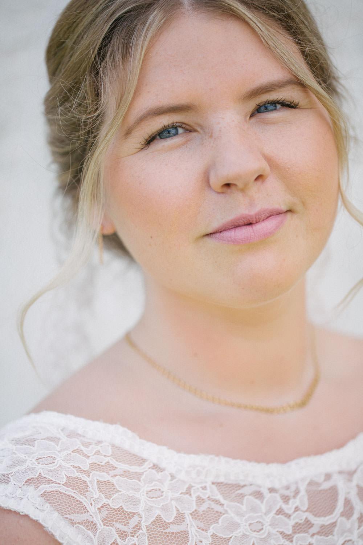 Brudporträtt, Smygehuk. Foto: Tove Lundquist, bröllopsfotograf Smygehuk.