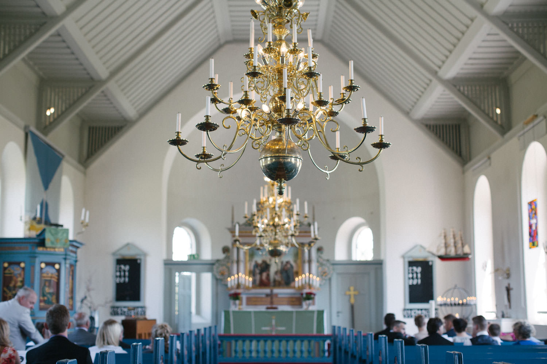 Bild från en vigsel i Östra Torps kyrka, Smygehamn. Foto: Tove Lundquist.
