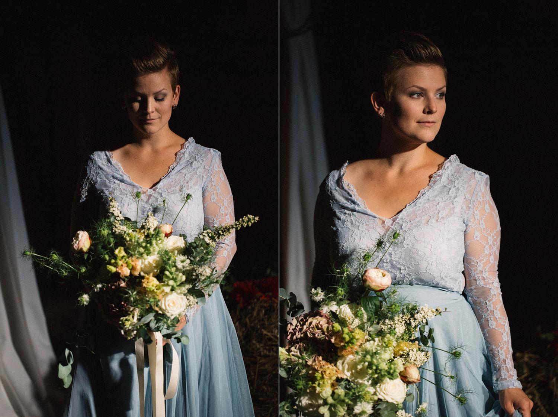 Brudbukett från Bara Blommor, Malmö. Brudkläder från SensibleM. Foto: Tove Lundquist, bröllopsfotograf Skåne.
