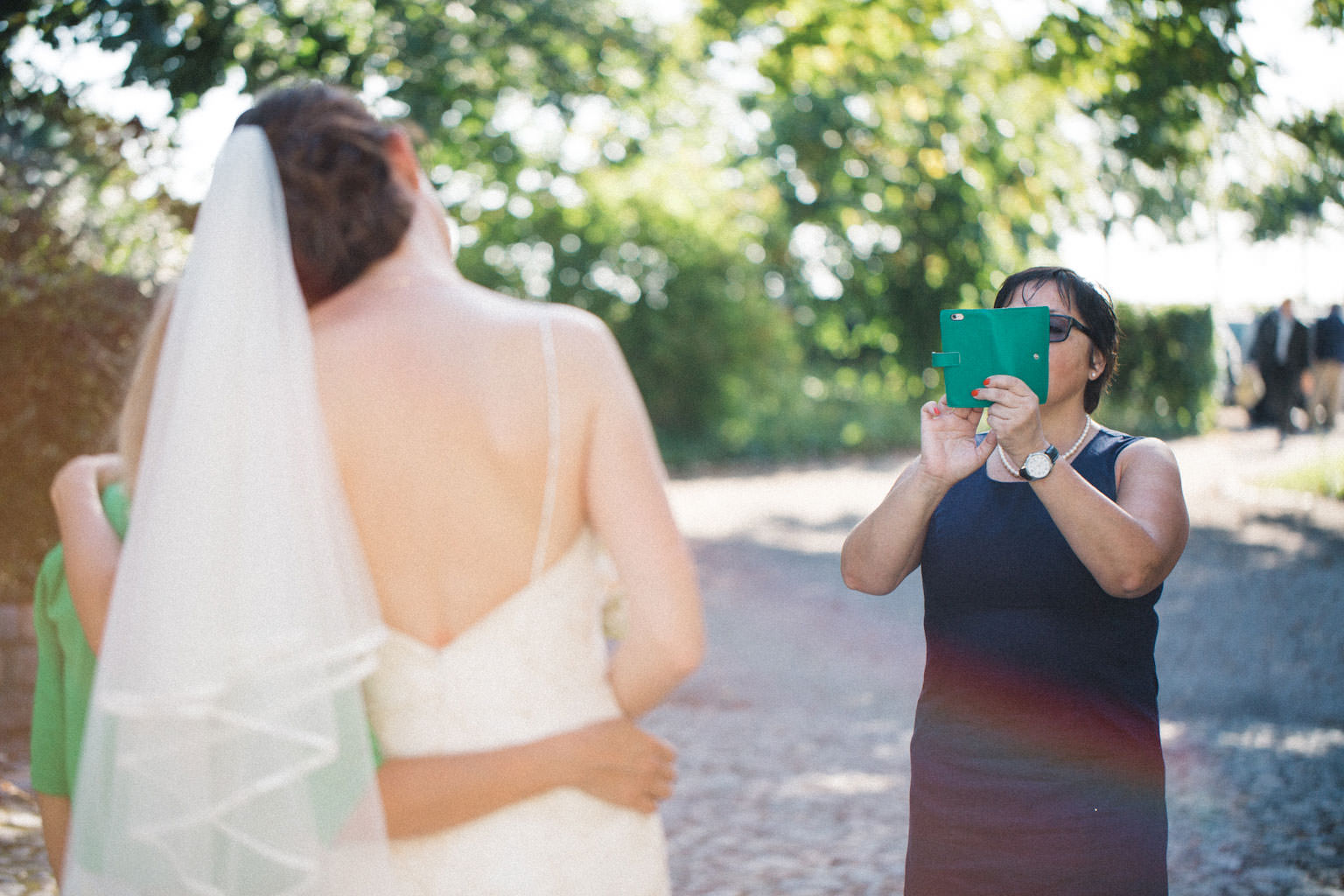 Bröllop på Kafferosteriet, Österlen. Foto: Tove Lundquist, verksam bröllopsfotograf i Skåne.
