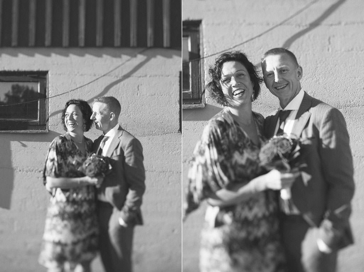 Svartvita bröllopsporträtt vid Ernemar Småbåtshamn, Oskarshamn. Tilt-Shift.