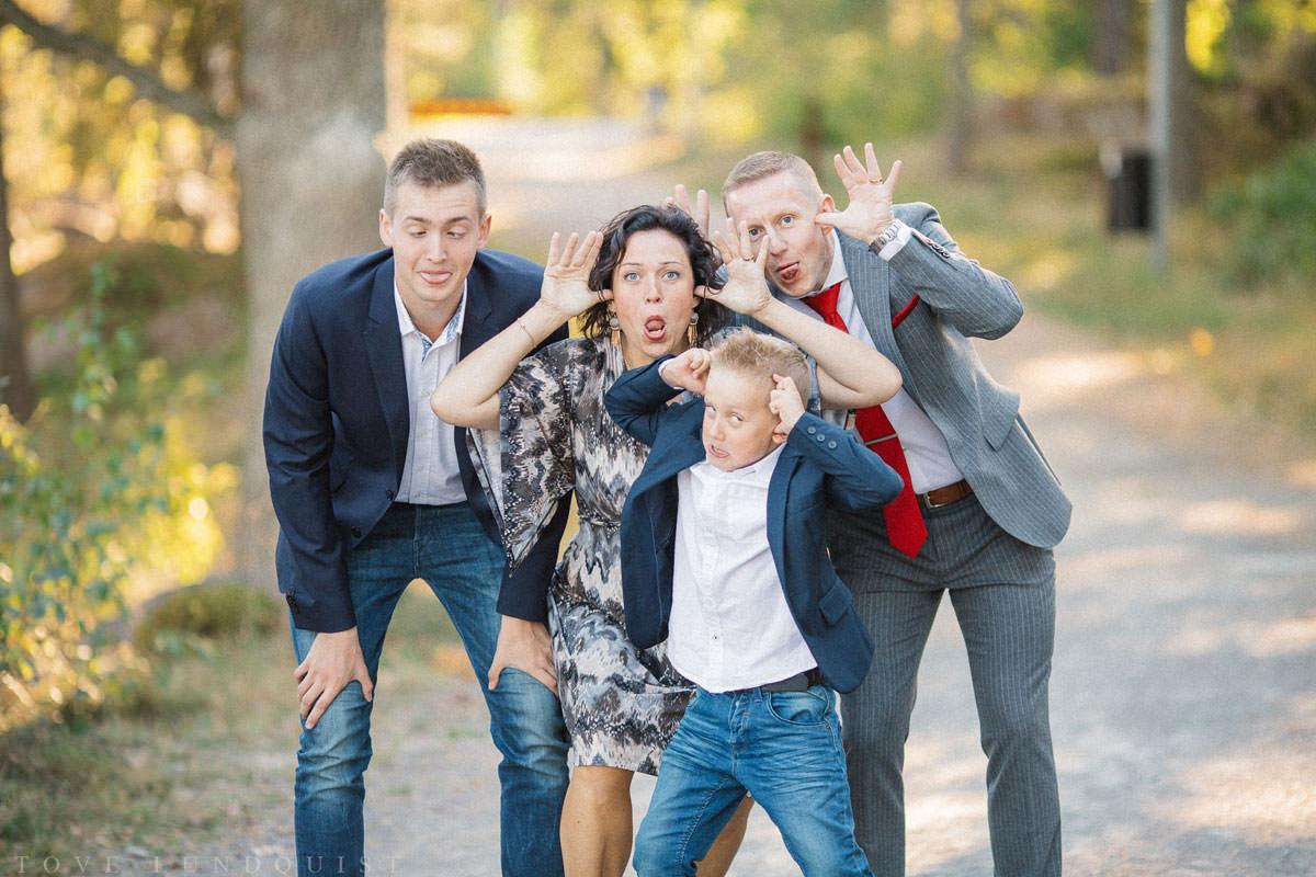 Familjeporträtt vid Ernemar Småbåtshamn, Oskarshamn.